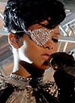 Rihanna nipples at the music award