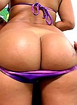 Jazminis a newbie and she has a juicy thick colombian that bounces when she fucks