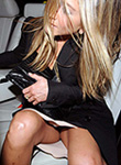 Jennifer Aniston oops flashes upskirt